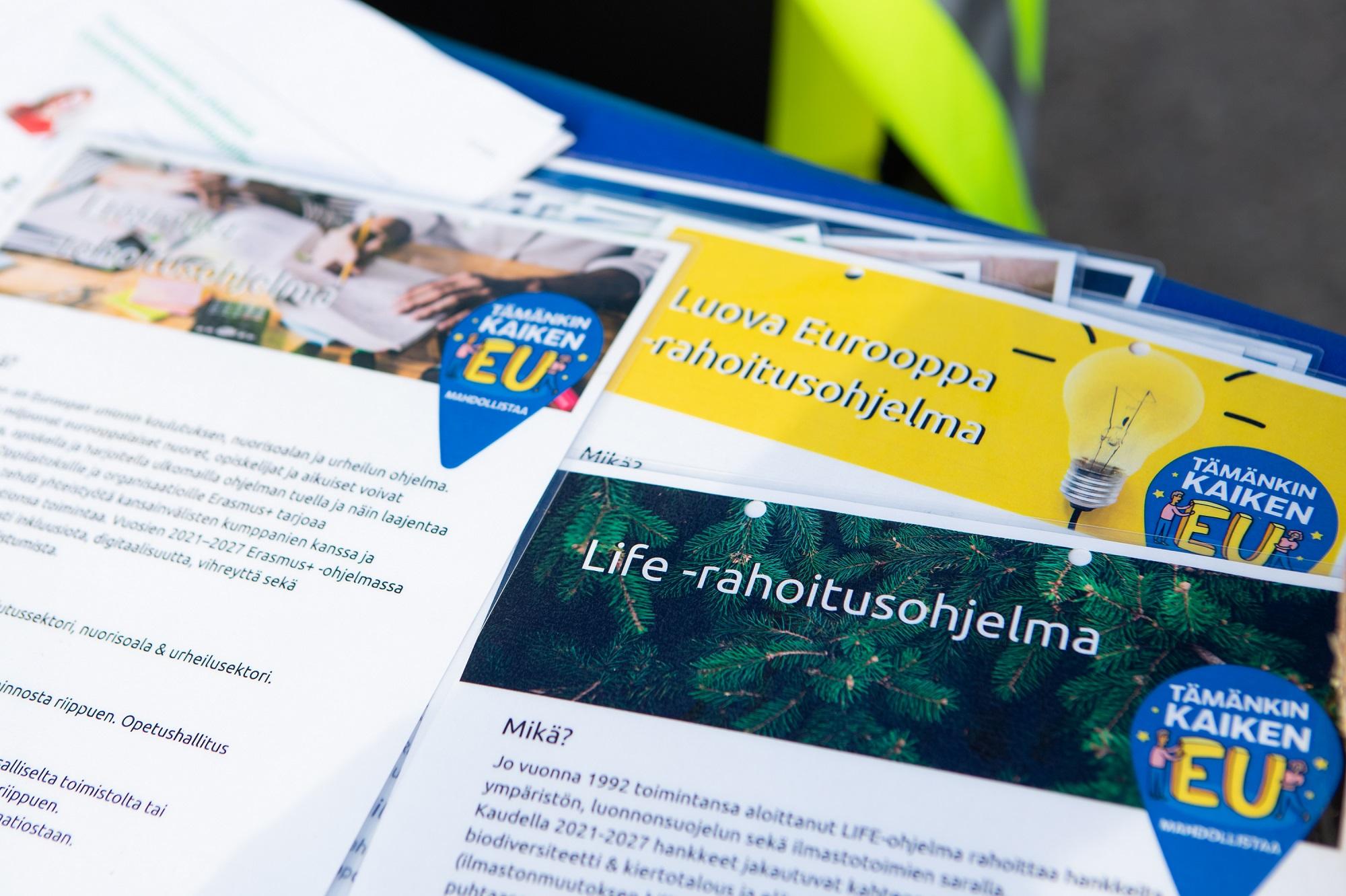 EU ohjelmaien esittelypapereita kuvituskuva
